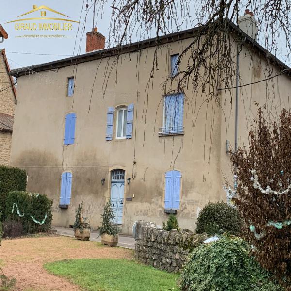 Offres de vente Maison de village Charlieu 42190