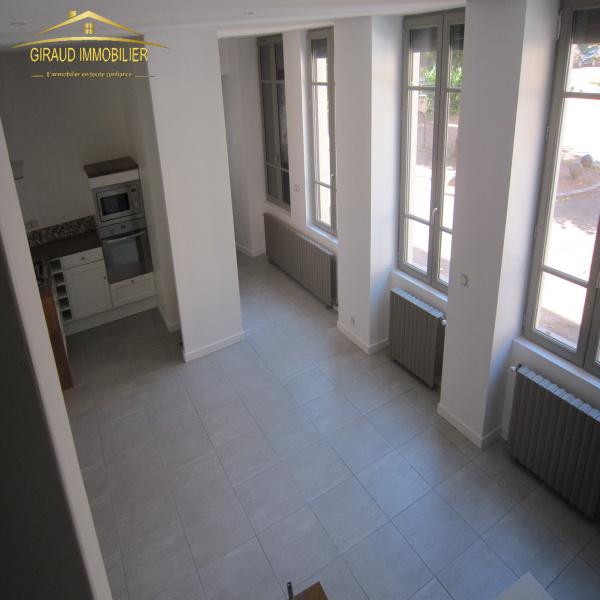 Offres de location Maison de village Charlieu 42190
