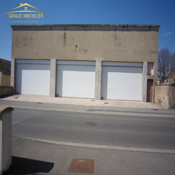 Offres de location Garage Charlieu 42190